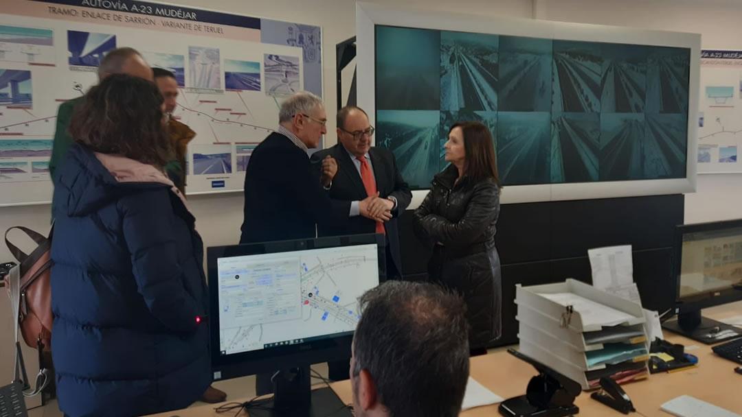 La Delegada del Gobierno en Aragón visita el Centro de Conservación del Sector TE-01